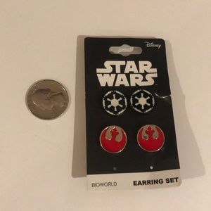 Star Wars earring set two pairs